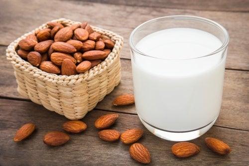 Mandelmilch für Milchreis