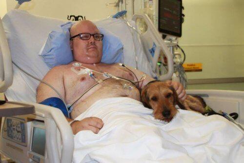 In dem Krankenhaus, das Haustiere erlaubt, können die Patienten ihre Hunde bei sich haben.