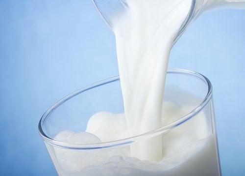 Milchrahm gegen Narben