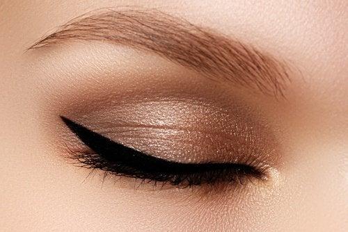 geschminkte-Augenlider