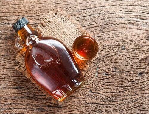 Hausgemachter Sirup gegen Verdauungsprobleme
