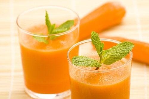 8 unbekannte positive Eigenschaften von Karottensaft