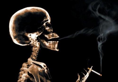 mit Rauchen aufhören führt zu Entzugserscheinungen