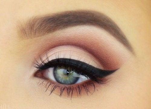 Schminke-Auge