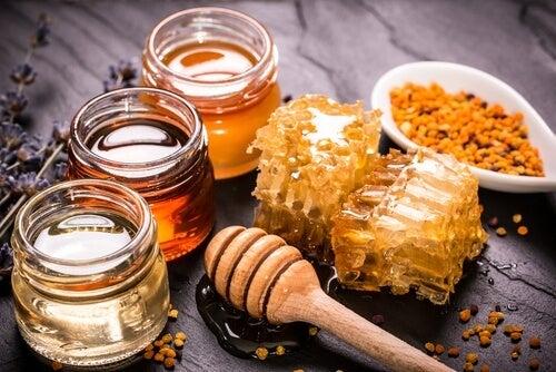 Kurkuma-Honig: Heilmittel im Glas