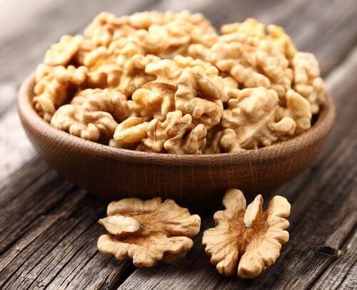 Nüsse für die Leber