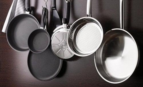 Pfannen Aufhängen eisenpfannen langlebige pfannen für die gesunde küche besser