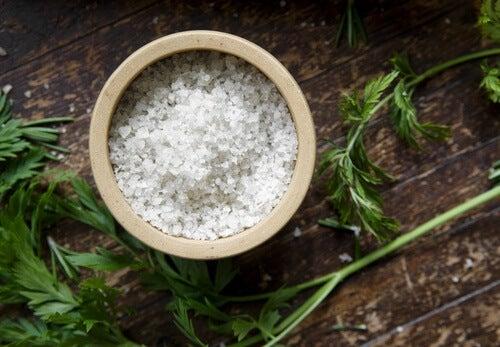 Salz und Blähbauch