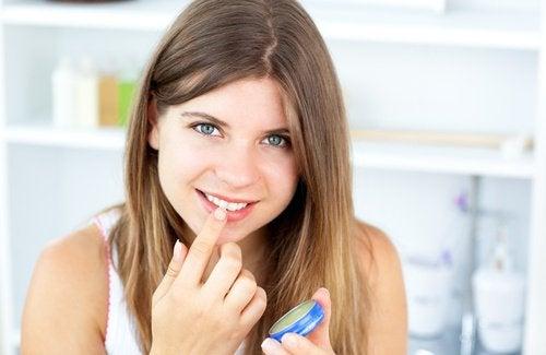 Vaseline für Lippen