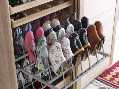 Regal-Schuhe