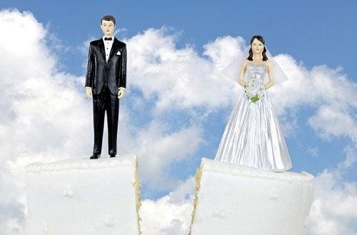4 frühe Anzeichen für eine Scheidung, die keiner sieht