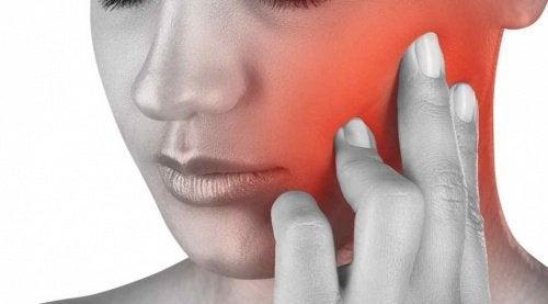 Kieferschmerzen: Gründe und Techniken zur Linderung