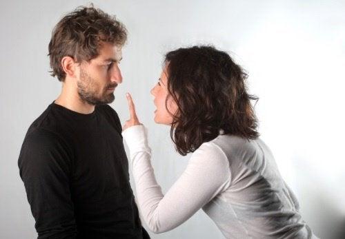 streitendes-paar-will-scheidung