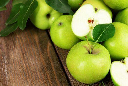 Äpfel für einen kaliumreichen Shake