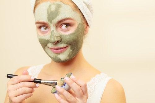 Maske zur Behandlung von Gesichtsflecken