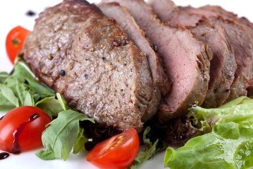 Magerfleisch gegen Müdigkeit und Kopfschmerzen