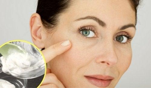 Hausmittel um gegen Falten und Narben vorzubeugen