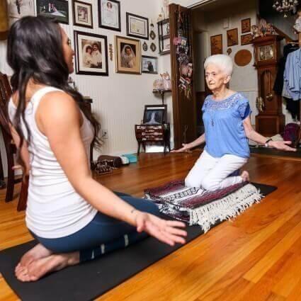 Yoga ist empfehlenswert für jedes Alter!