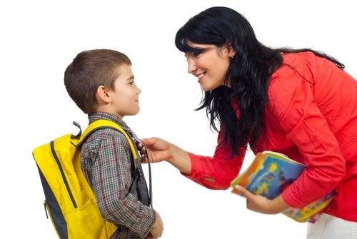 Fehler, die Eltern am ersten Schultag machen