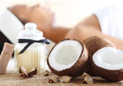 shake-mit-kokosnuss-und-kiwi