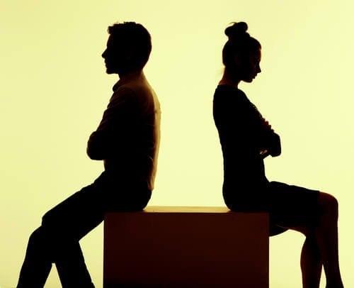 diskussionen-trennen-mann-und-frau