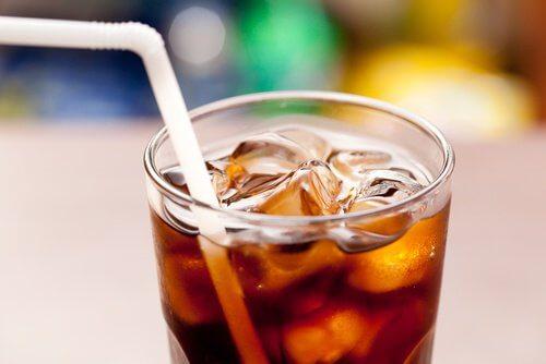 Nahrungsmittel, die nicht mit Erfrischungsgetränken kombiniert ...