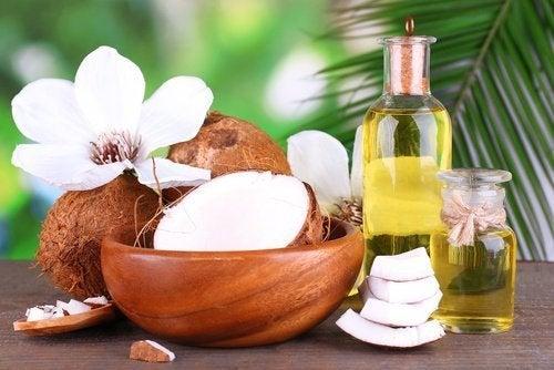 kokosoel-fuer-glattes-haar