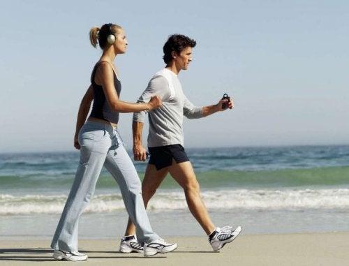 spazieren-gehen-um-schlechtes-cholesterin-zu-senken