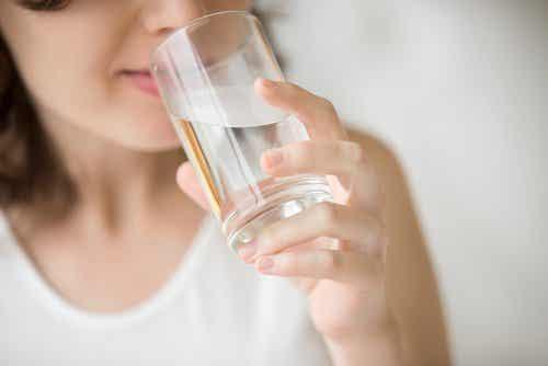 7 Heilmittel, für die du nur Wasser benötigst
