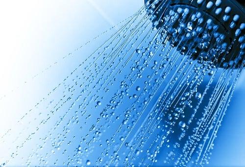 dusche-wasserstrahl