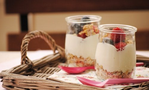 Joghurt und Getreide für viel Energie