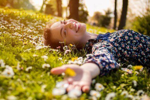 Raus in die Natur, um dein Stresslevel zu senken
