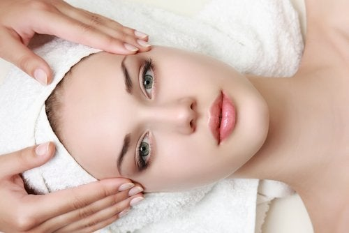 massage-im-gesicht