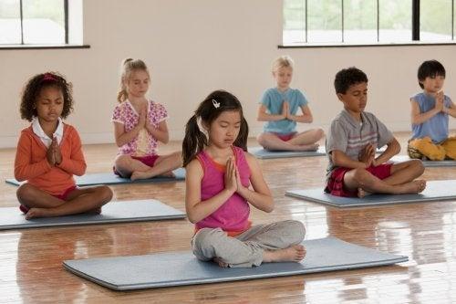 meditation-fuer-kinder-im-turnunterricht