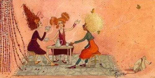 Frauen beim Kaffeeklatsch liebe