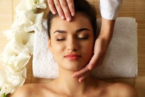 Gesichtsmassage Massage
