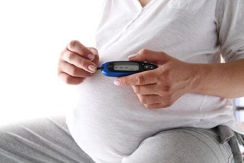 schwangere Frau hat Diabetes