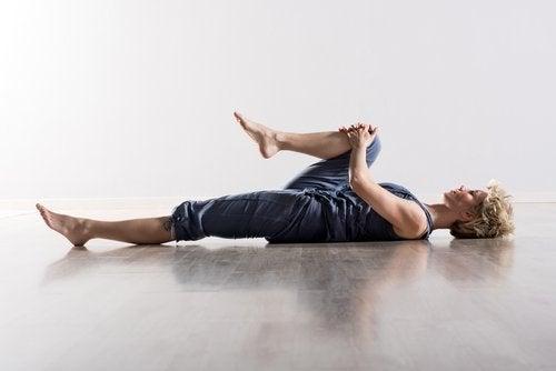 Dehnungsübungen gegen Rückenschmerzen
