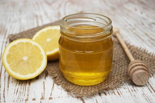 Honig, Zitronen und Eierschalen für ein starkes Immunsystem