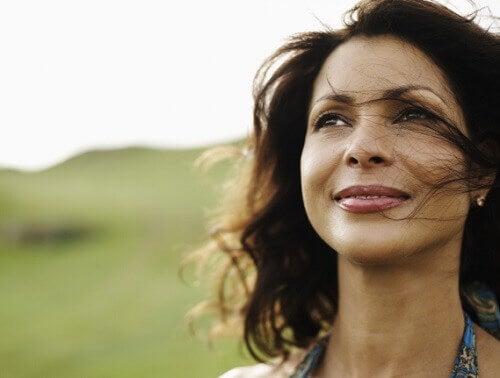 Hübsche Frau möchte ihr Selbstbild verbessern