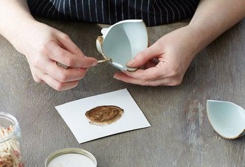 Keramik-zusammensetzen