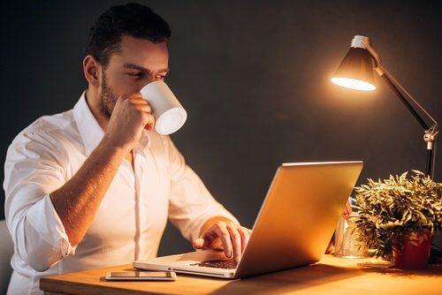 langes Arbeiten in der Nacht kann krank machen