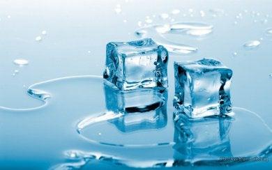 Eis gegen Fersensporn