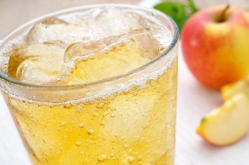 Sind Eiswürfel in Getränken zu empfehlen?