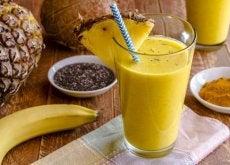 Köstlicher Banane-Kurkuma-Shake für Leberreinigung