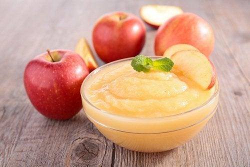 Apfelmus gegen Magenschmerzen