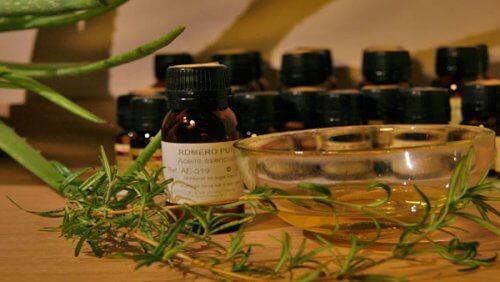 Ätherische Öle für Muskeln und Gelenke