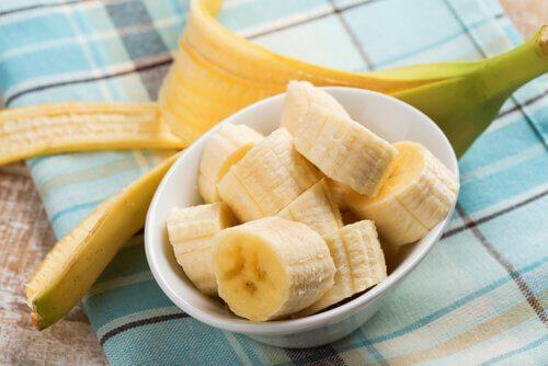 Banane gegen Flecken auf der Haut