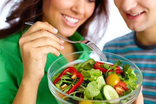 Salat für straffe Brüste