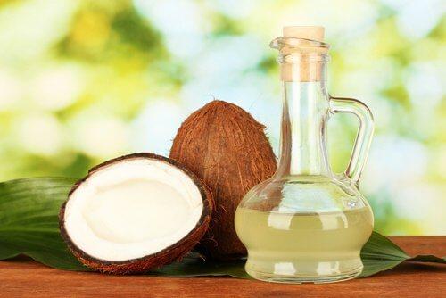 Kokosöl gegen Kopfläuse